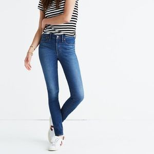 """Madewell 9"""" Mid-Rise Skinny Jeans in Patty Wash 29"""